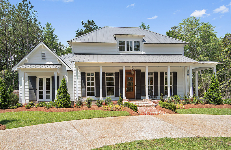 Gorgeous Modern Farmhouse built by Ron Lee Homes. This home is a new construction home close to New Orleans.